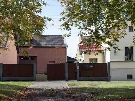 Aussergewöhnliches Anwesen: Mehrfamilienhaus aus 1900 & Einfamilienhaus (tolle ausgebaute Scheune)