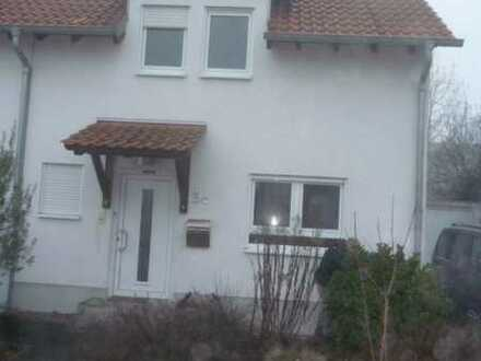 Doppelhaushälfte im Neubaugebiet von Limburgerhof