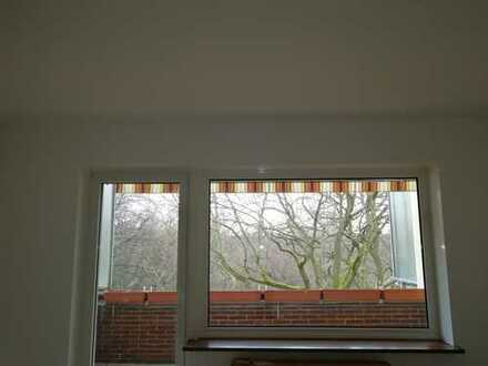 Im grünen Nikolassee - klassisch geschnittene Wohnung mit Weitblick