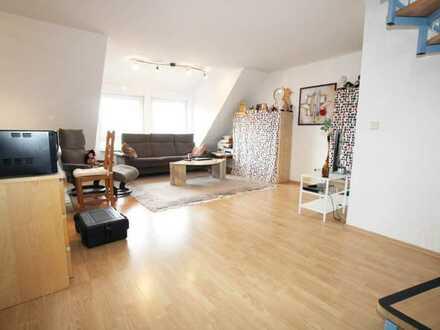 Zwei Zimmer Maisonette- Wohnung mit 52 qm in zentraler Lage in St. Leon