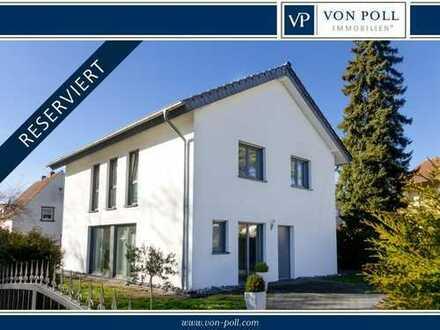 Bielefeld-Senne: Stilvolles Einfamilienhaus im Grünen - Nähe Flugplatz - KFW 40 Standard