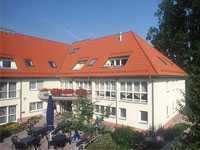 Betreutes wohnen, freundliche 3-Zimmer-DG-Wohnung mit EBK und Balkon in Heinersreuth