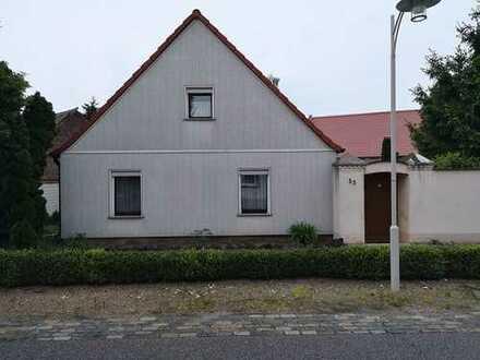 Ehemaliger Bauernhof mit viel Platz und großem Grundstück in 39307 Mützel