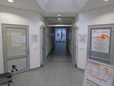 Mögliche Praxisfläche im Treff-8 Center | Bürofläche im Obergeschoss