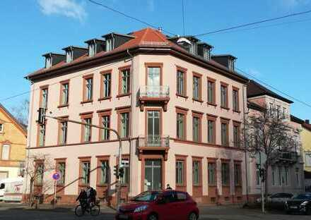 Erstbezug nach aufwändiger Sanierung: 3-Zimmer-Wohnung in Landau Zentrum