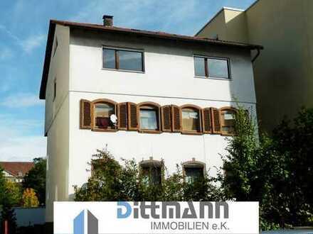 3 - Zimmer-Wohnung mit Balkon mit zusätzlichem Zimmer im Dachgeschoss in Ebingen