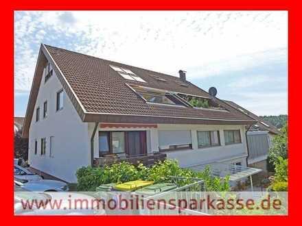 TOP Dachgeschosswohnung mit Blick ins Grüne!