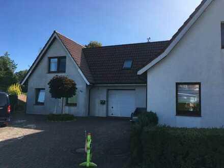 Freistehendes, großes Haus mit Garten in Bremerhaven Surheide befristet für 2,5 Jahre zu vermiet