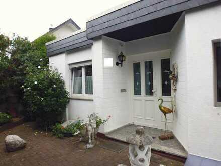 Ihr neues Familiendomizil, in ruhiger Lage von Wiesbaden-Breckenheim, mit herrlichem Ausblick