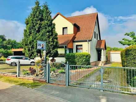 Einfamilienhaus mit Einliegerwohnung und Ferienhaus im Ostseebad Zinnowitz