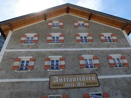 Eizigartiges, ca.400 Jahre altes Historiengebäude, direkt am Grenzübergang Mittenwald/Scharnitz!!