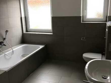 Komplett sanierte Wohnung (4 Zimmer, Küche, Bad) mit Garten in Neuhausen