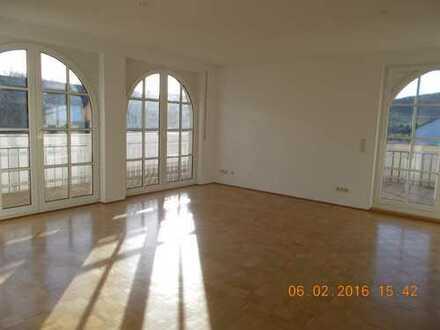 helle 5 Zimmer Traumwohnung, zwischen Würzburg und Gemünden