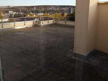 TOP Zimmer, 140 m² Wohnfläche mit großer 60 m² Dachterrasse* Bad neu