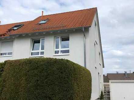 Wunderschönes 5-Zimmer-Reihenendhaus mit EBK und 2 Terrassen in guter Lage in Leingarten