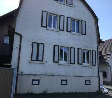 Schönes Haus mit sieben Zimmern in Emmendingen (Kreis), Teningen