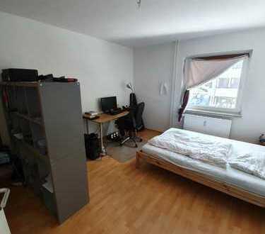Direkt neben KIT: Stilvolle 3-Zimmer-Wohnung mit Balkon und EBK in Karlsruhe