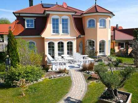 Wer das Besondere liebt - exklusive Villa