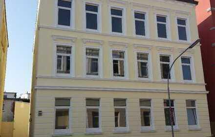 Große 6 ZK 2 Bäder Wohnung in der Innenstadt