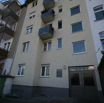 3-Zimmer-Wohnung mit großer Wohnküche mit Ausblick ins Grüne