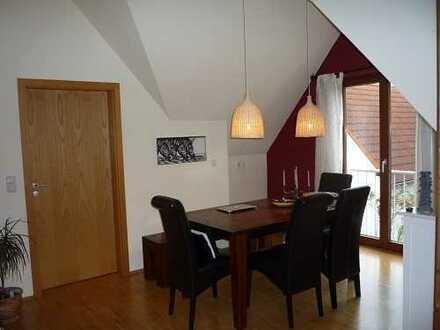 Gemütliche 3 Zimmer Wohnung mit schöner Einbauküche