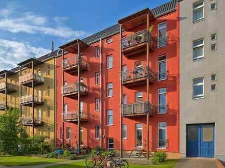 2 Zimmer mit Balkon in Mitte