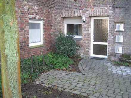 Renovierte, helle 2- Zimmer Wohnung in Krefeld, provisionsfrei