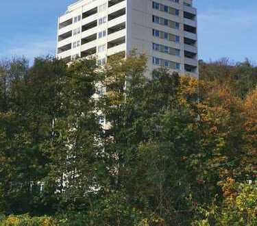 Saniertes und renoviertes Penthouse mit Blick ins Grüne