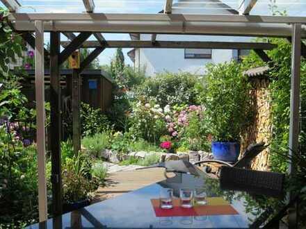 Helles Reihenhaus mit Terrasse zum Wohlfühlen!