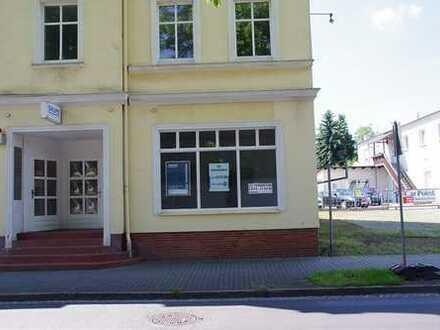 Attraktive Bürofläche mit Schaufenster in Weißwasser zu vermieten