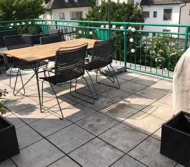 Luxus 3 Zi-DG Wohnung in Offenbach Westend/Tulpenhofstrasse mit großer Dachterasse
