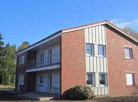 Neuwertige 4-Zimmer-Wohnung mit Balkon und Einbauküche in Moormerland