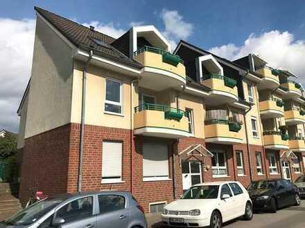 Provisionsfrei! Moderne 4-Zimmer-Wohnung, zentrale Lage (Neusserfurth) EBK