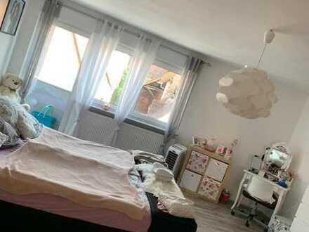 Schöne 2 Zimmer Wohnung im Herzen von Reilingen