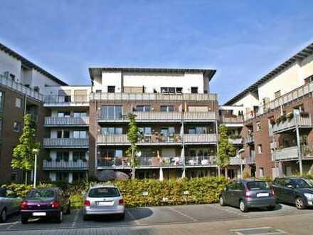 Hochwertig ausgestattete Obergeschoss-Wohnung - incl. TG Platz -
