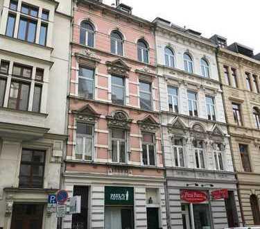 Historisches Renditeobjekt mit Potential! in 1 A Lage Kölns, 3 Etagen bereits frei 