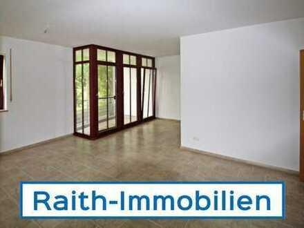 Helle 3 Zimmerwohnung mit 2 Balkonen!