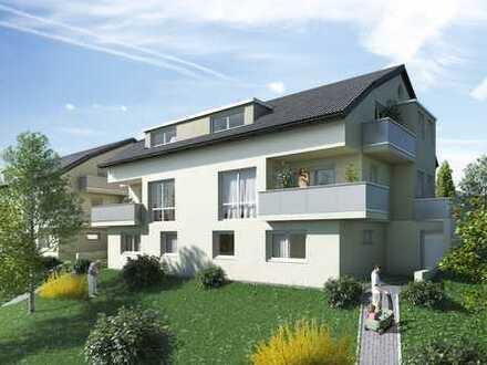 Großzügige und helle Dachgeschosswohnung mit 3 1/2 Zimmer und Balkon
