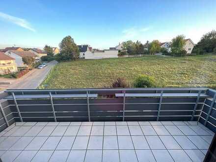 Freundliche 2-Zimmer-Wohnung mit Balkon und EBK in Oberderdingen