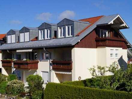 Ganz oben - Sonnige lichtdurchflutete 2- Zi. DG-Wohnung in herrlicher Lage von Oberstaufen