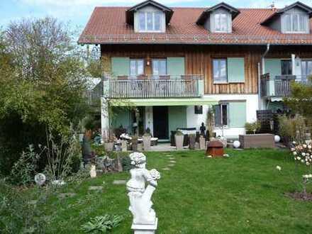 Ruhige Wohnung mit großem Garten