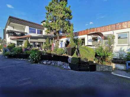 Top gepflegtes 2 Familienhaus + Gewerbehalle im Gewerbegebiet Schlachthof