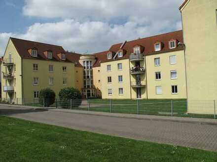 Möbliertes Apartement (82) mit PKW-Stellplatz ( Keine Courtage )