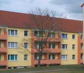 Kleine 2 Raum Wohnung mit Balkon in Wetro zu vermieten.