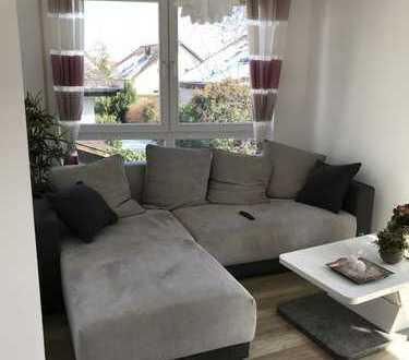 Exklusive, modernisierte 2-Zimmer-Wohnung mit Balkon und EBK in Gäufelden-Öschelbronn