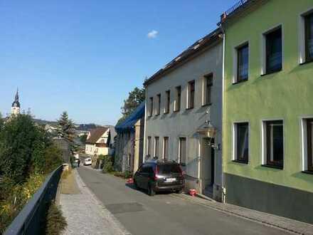 Wohnhaus für ein bis zwei Familien in 09405 Zschopau, Erzgebirgskreis