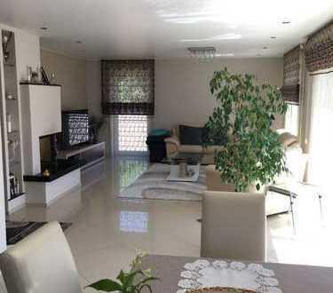 Schöne, geräumige fünf Zimmer Wohnung in Neuenstadt am Kocher