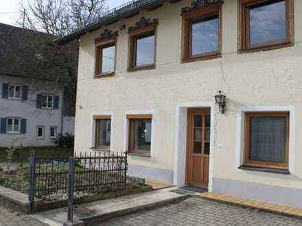 Geräumige 6 Zimmer Wohnung mit Garten Bauernhaus in Hofstetten nähe Ammersee