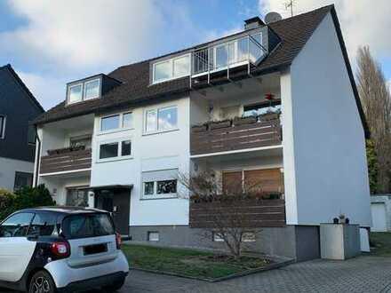 Modernisierte 2-Zimmer-EG-Wohnung mit Balkon an Hexbachtal, Essen