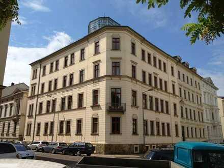 Traumwohnung mit Traumblick, Südbalkon und Anwohnerparken im Waldstrassenviertel!